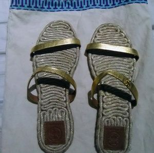 Tory Burch size 8.5 gold espadrille